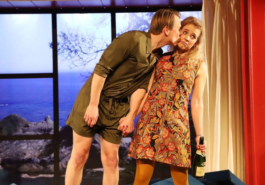Absolventin Maren Kraus zu sehen im Stück 'Tartuffe' auf der Burghofbühne Dinslaken